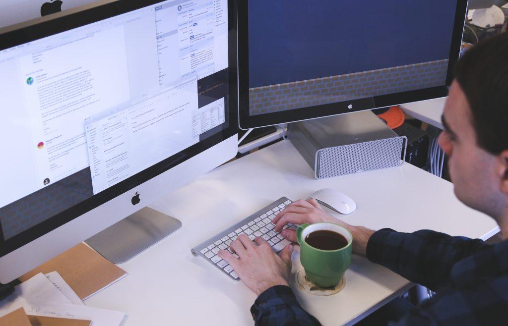 お茶とパソコン