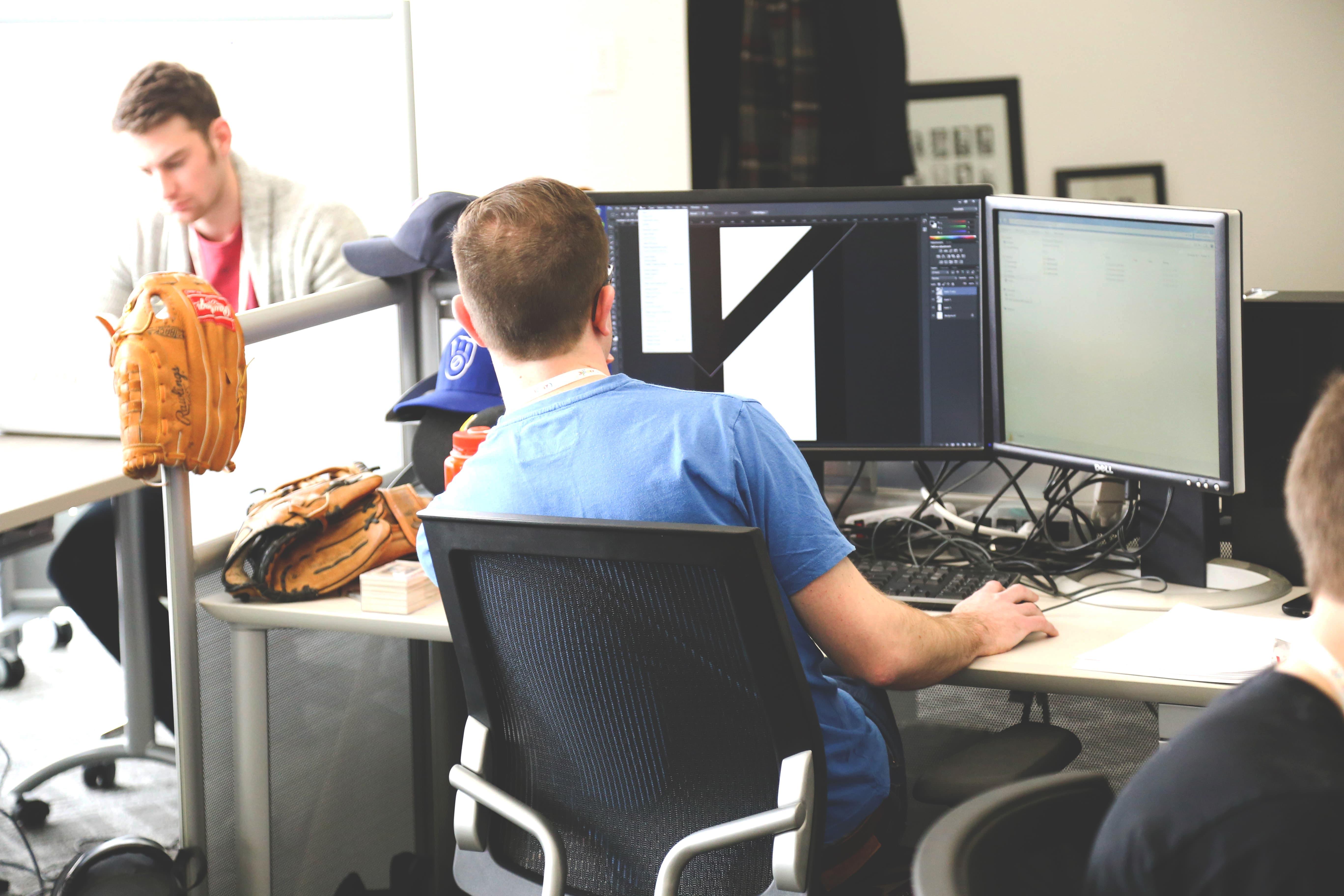 未経験からプログラマーになるのは難しい?徹底解説!