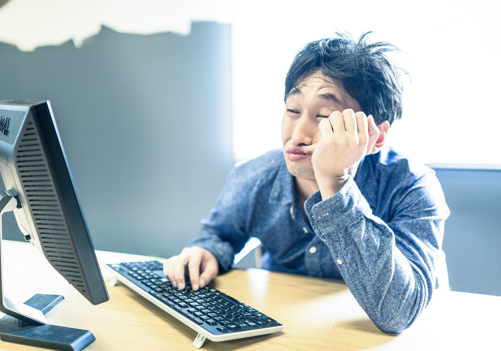 プログラミングの仕事がきついと言われる理由は何か?