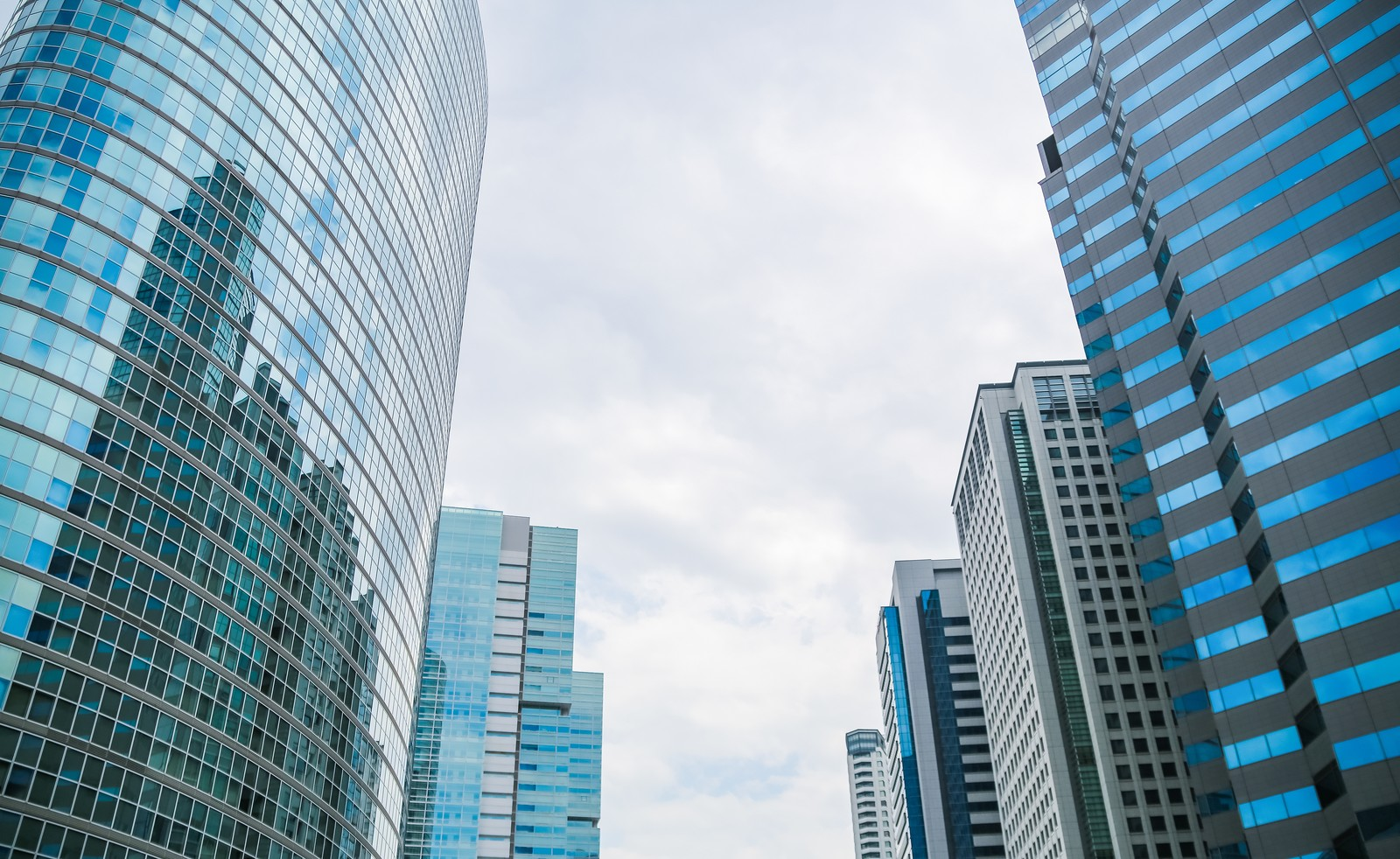 ITエンジニアの就職に人気の企業ランキングを紹介